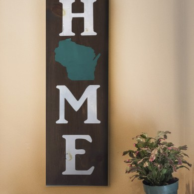 Home-Wisconsin vertical 8x24