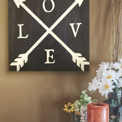 Love- Thick Arrows 16x16