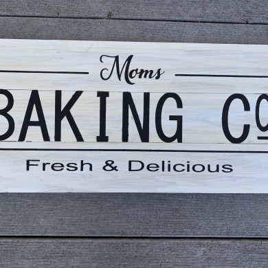 Mom's Baking Co. 10.5