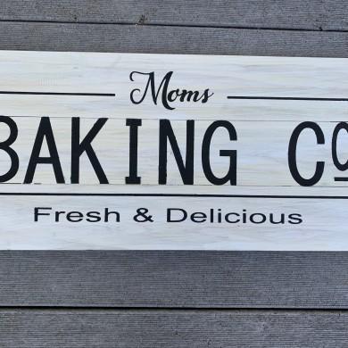 Mom's Baking Co. 10.5